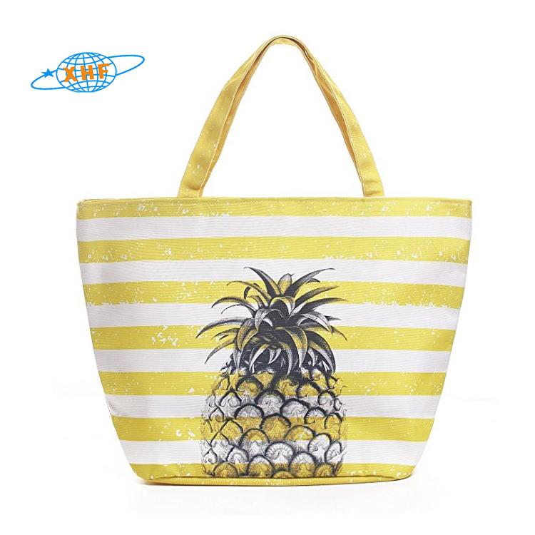 2018-summer-trend-private-label-handbags-beach